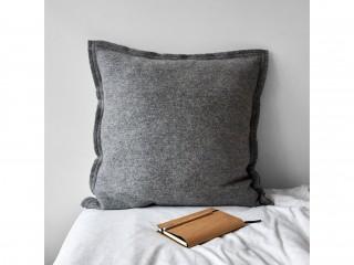Подушка GREAT, сіра