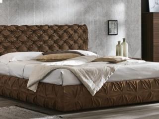 Двоспальне ліжко з оббивкою Chantal basso