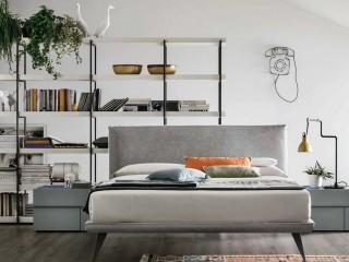 Двоспальне ліжко з оббивкою Bravo