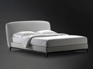 Кровать из плетеной кожи Olivier